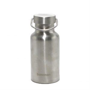 Chất liệu: Inox 304 an toàn cho sức khỏe người dùng  Công nghệ: Hút chân không, giữ nhiệt đến 24h  Kiểu dáng: Đơn giản và sang trọng  Thông tin sản phẩm: Chất liệu: Bình giữ nhiệt Bonnman được làm bằng inox 304 cho cả 2 lớp bên trong và bên ngoài nên rất an toàn cho sức khỏe người dùng Công nghệ: Bình giữ nhệt được sản xuất theo công nghệ cách nhiệt chân không. Bình gồm 2 lớp inox bên trong và bên ngoài với lớp ở giữa được hút chân không nên giúp giữ nóng và lạnh đến hơn 12h Kiểu dáng: Sản phẩm được thiết kế đơn giản, sang trọng và tiện dụng với nắp đậy kín, thuận tiện mang theo bên người khi đi làm, đi học hay dã ngoại Sản Xuất: Theo công nghệ của Cộng hòa liên bang Đức Sản xuất: Theo công nghệ của Cộng hòa liên bang Đức